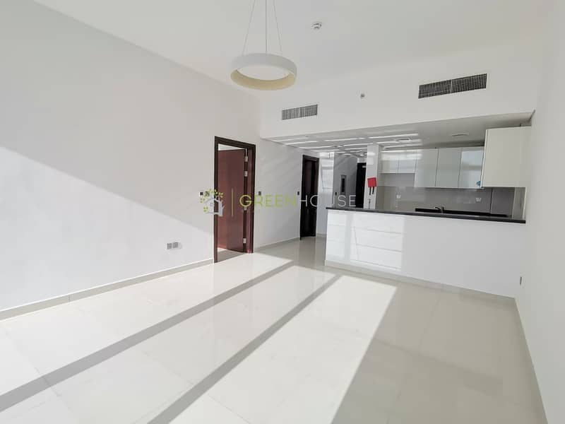 2 Spacious 1 BRs Apartment | Hot Price | Brand New Bldg.| Dezire Residences