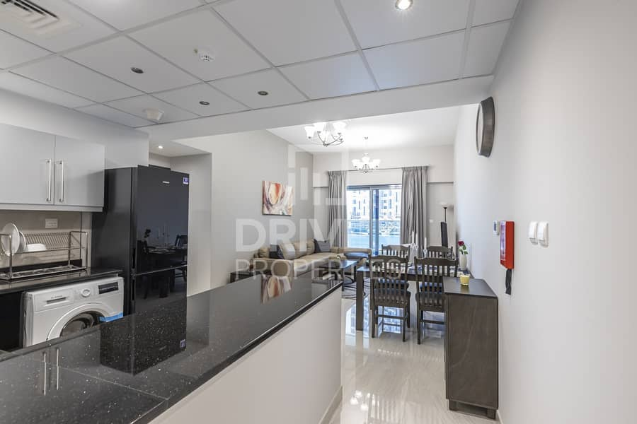 2 Fully Furnished 1 Bed | Partial Lake View