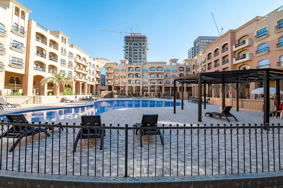 Spacious 3 Bed Duplex Study with Pool View