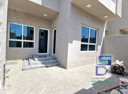 Villa for sale freehold super finishing with the possibility of bank financing