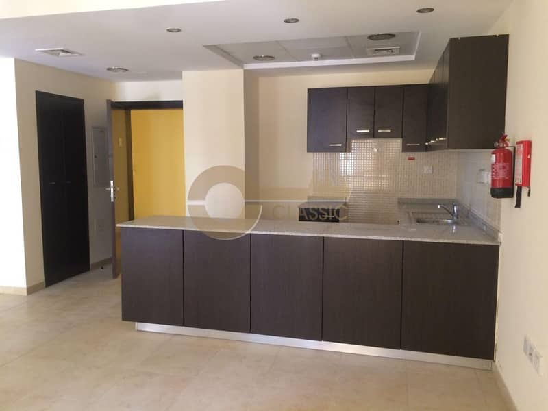 2 Spacious 2 bed   Open Kitchen  Al Thamam