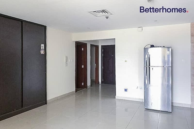 2 Available   2 BR w/ Balcony   Parking    Al Jawzaa