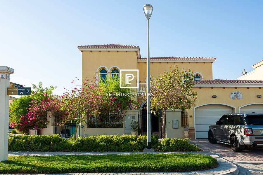 15 Big Plot|District 4|Landscaped with Pool|Legacy Large