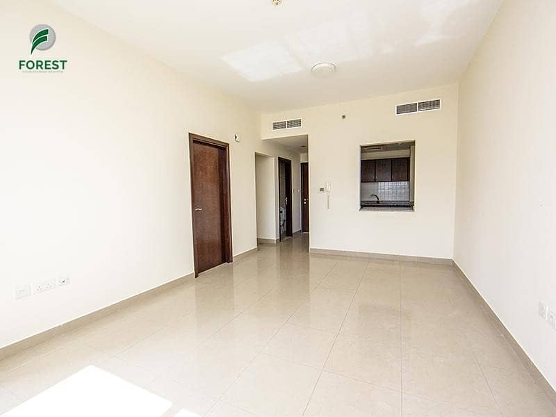 2 Amazing Offer | Spacious 1BR Apt |Available Now