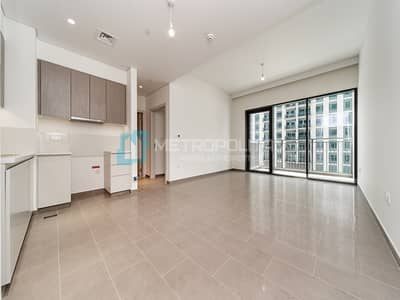 Beautiful 1 BR | Full Pool view | Ready to move in