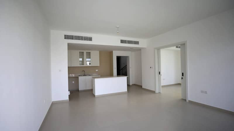 2 4 Beds plus Maid| Type 13| Corner End Unit| Rented