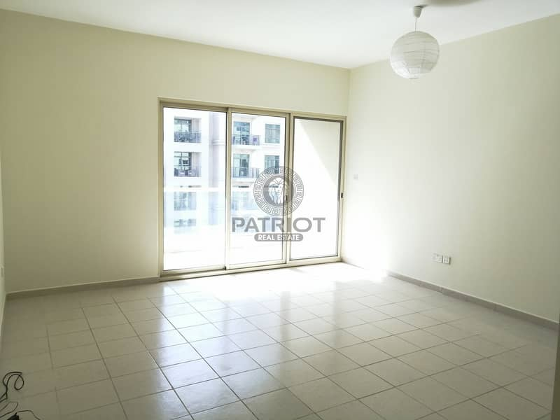 CHILLER I BRIGHT APARTMENT I READY TO MOVE IN I