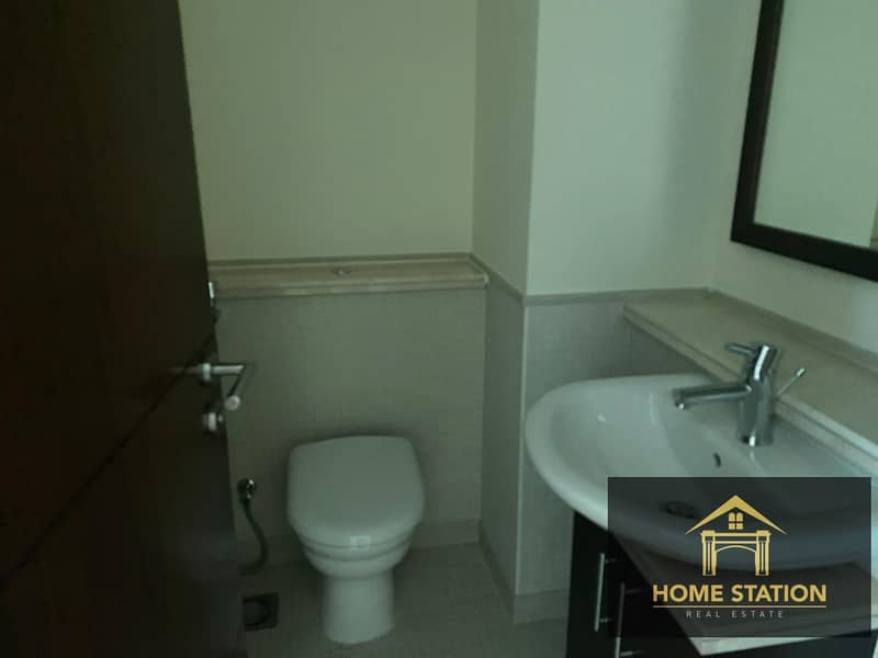 22 Marina & Pool View 2 Bedroom Apartment with Storage room
