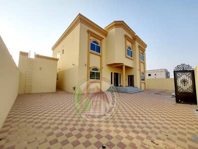 For owners of large areas_Villa for sale in Jasmine, excellent location in front of Al-Hamidiyah garden_ excellent finishing and building area