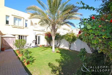 3 Bedroom Villa for Sale in The Springs, Dubai - Exclusive | Upgraded Villa | 3 Bedrooms
