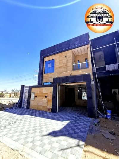4 Bedroom Villa for Sale in Al Yasmeen, Ajman - Modern villa for sale on the neighboring street, super deluxe finishing, three floors