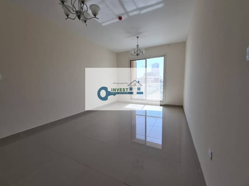 2 Best Price! Ready to move in ! Huge 1BHK with Balcony in Roxana Residence