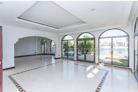 4 Bedroom Villa for Rent in Palm Jumeirah, Dubai - Well Maintained 4BR | Keys With Me | Just Listed