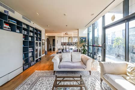 3 Bedroom Apartment for Sale in Jumeirah, Dubai - Last Corner 3 Bedroom with Main Boulevard