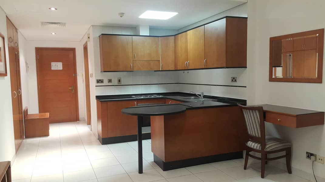 2 No Commission|Furnished Studio near 'union' Metro St