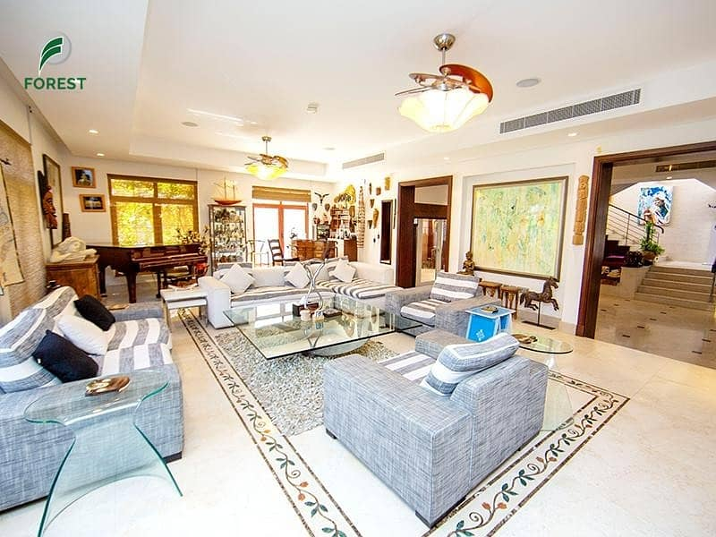 Full Lake View | 5BR + M | Private Pool and Garden