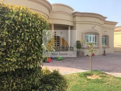 3 Bedroom Villa for Rent in Al Barsha, Dubai - Neat and very well maintained I 3BR single storey  I call now to view