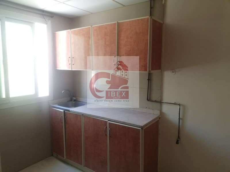 2 excellent studio with closed kitchen ready to move prime location