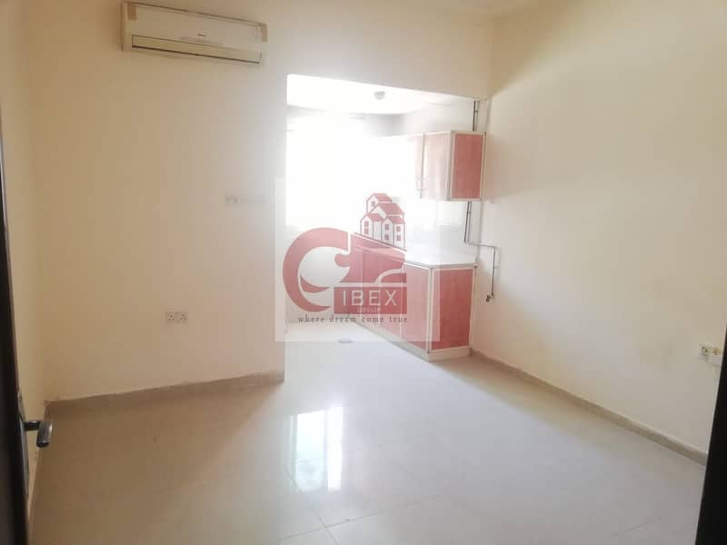 9 excellent studio with closed kitchen ready to move prime location