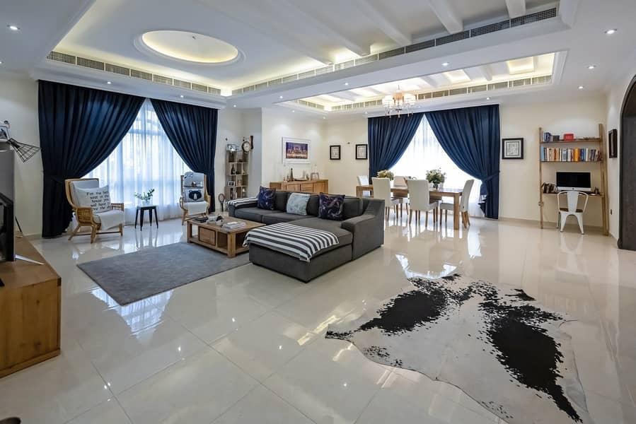 2 Stunning Custom Built  5 Bedroom   with Pool