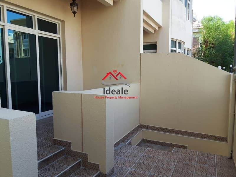 2 Quiet and highly desirable 5BR villa with balcony