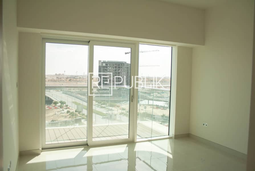 2 Hot Offer for Elegant 1 Bed with Relaxing Ambiance