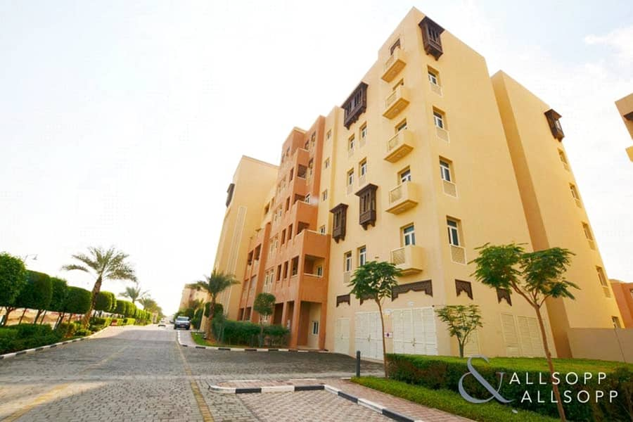 3 Bed Apartment | High Floor | Available