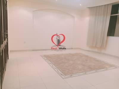 استوديو  للايجار في آل نهيان، أبوظبي - Luxury Affordable Studio Apartment Available in Al Nahyan Groung Floor.