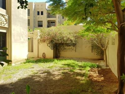 فلیٹ 2 غرفة نوم للايجار في المدينة القديمة، دبي - Ground Floor unit with private garden in old town