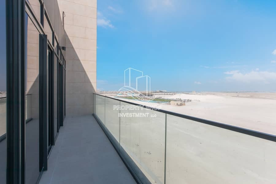 2 Stunning Brand New Apt with Iconic View From Balcony!
