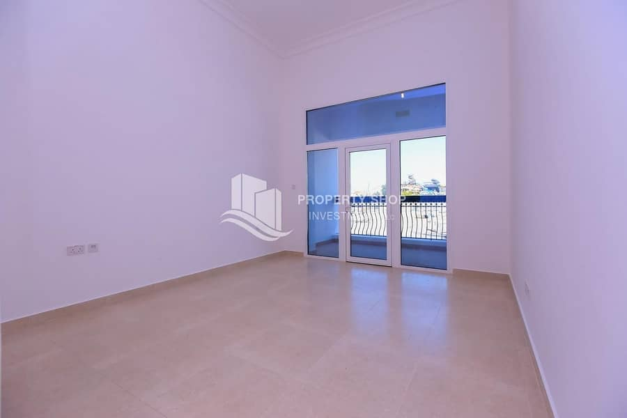 2 Move In Today Idyllic Family Home with Spacious Balcony