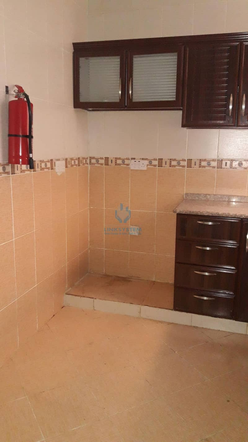 11 Nice Apartment 1Bedroom Hall Near by Rotana Hotel in Al Mutarad