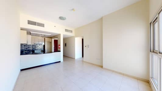 2 Bedroom Flat for Rent in Dubai Residence Complex, Dubai - Chiller free   Close to mall   Wooden floor