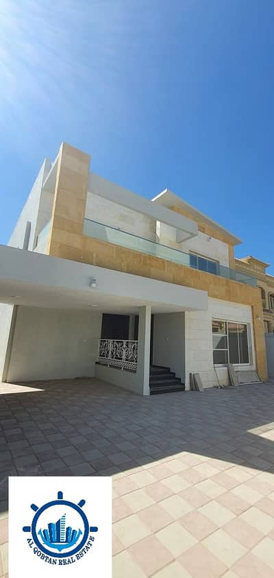 First resident villa for rent in Ajman, wonderful location and wonderful finishing