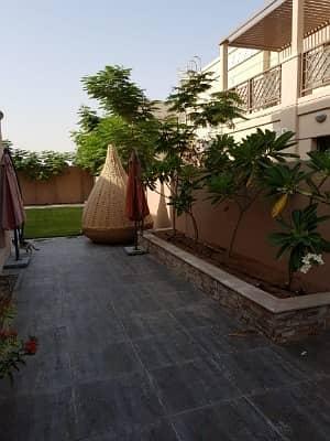 فیلا 6 غرف نوم للبيع في مويلح، الشارقة - فیلا في الزاهية مويلح 6 غرف 3700000 درهم - 4840209