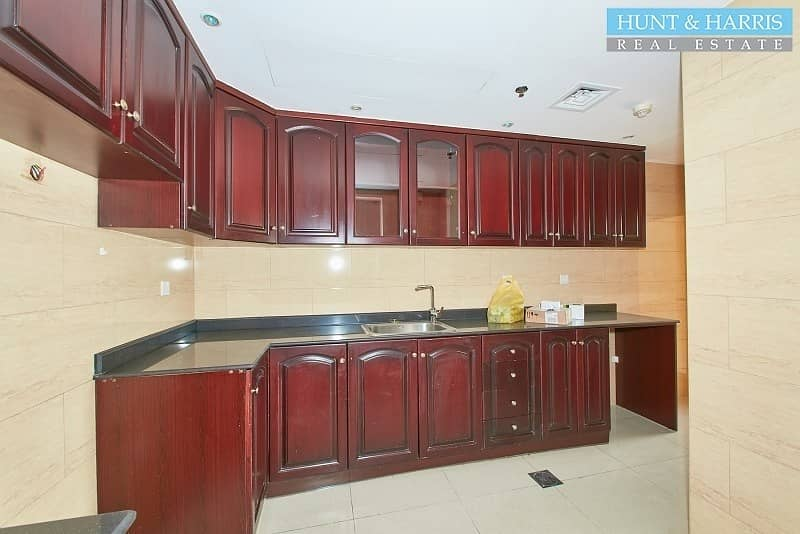2 Luxury Apartment With Full Sea View - Closed Kitchen
