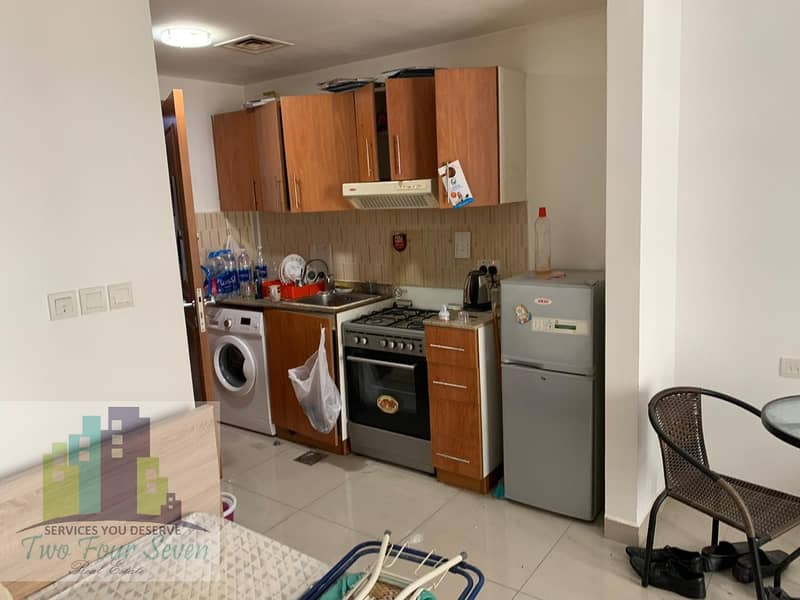 2 Vacant & Ready to move in Furnished Studio In Lakeside Tower C