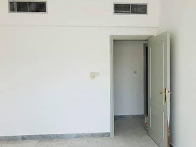 Spacious 3bhk with maids room at al falah street