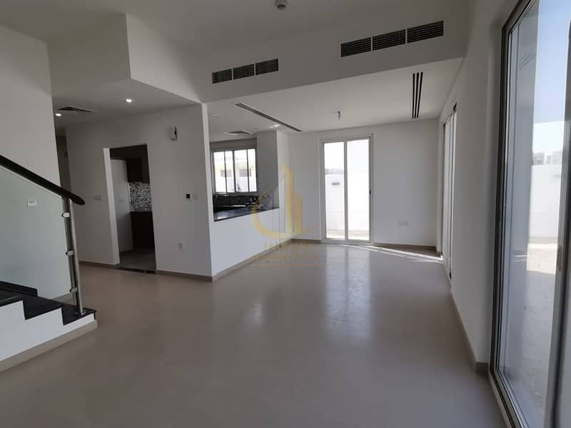 2 Arabella 3 Brand New 4 BR Townhouse End unit Ready