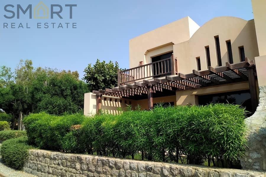 2 Wonderful En-suite Villa in Top Hillside | The Cove Rotana