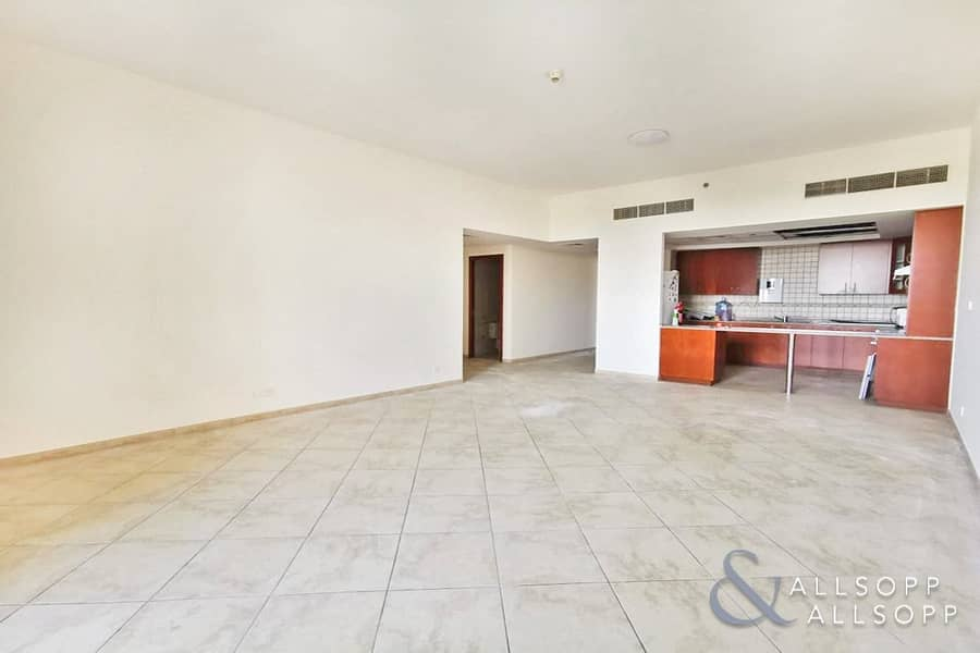 3 Bedrooms | Available Now | Large Unit