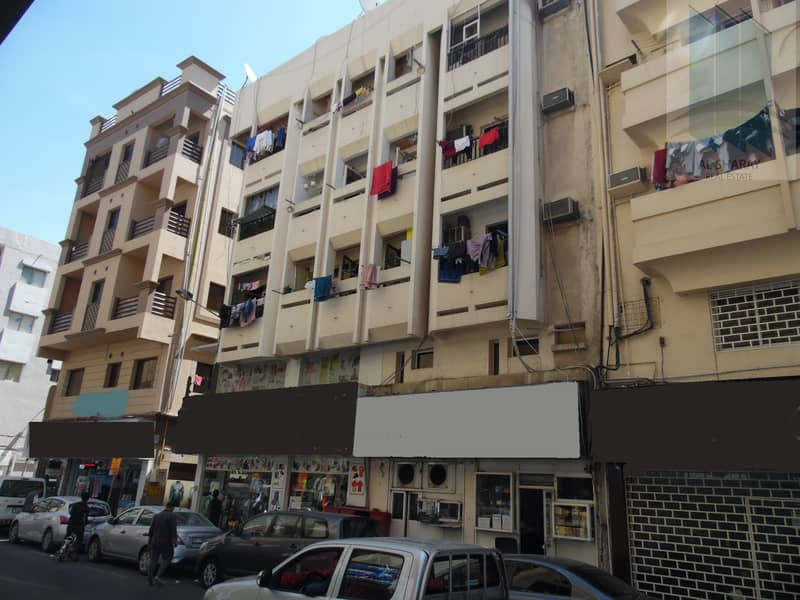 2 Commercial building for sale in Ayal Nasir