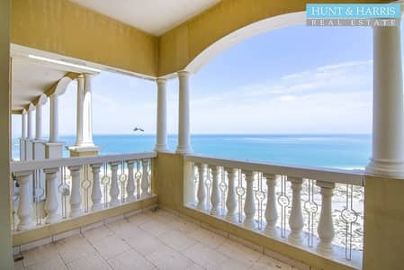 3 Bedroom Penthouse for Rent in Al Hamra Village, Ras Al Khaimah - Penthouse - Stunning views of the Sea - 3 Bedrooms + Maids