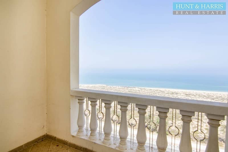 Sea view - Large 1 bedroom - Corner unit