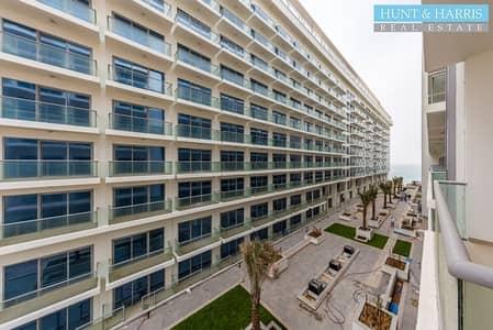 استوديو  للايجار في جزيرة المرجان، رأس الخيمة - Chiller Free - Studio Apartment -Great Facilities