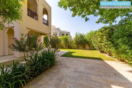 Lovely Duplex Villa with Amazing