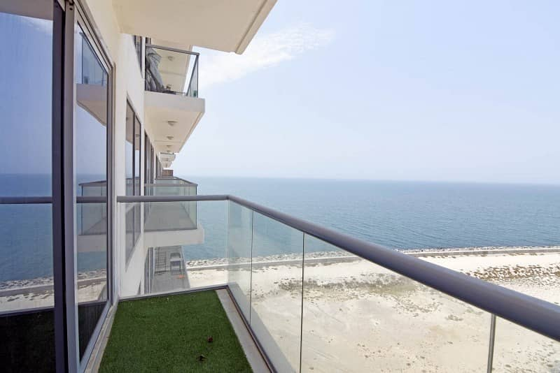 2 Lowest in the Market -  High Floor - Sea View