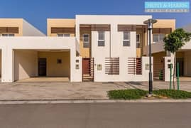 Ultra Modern Three Bedroom Villa - Perfect Family Home