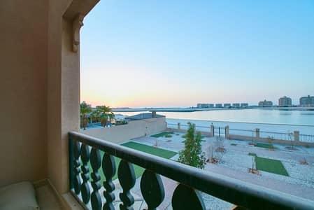 5 Bedroom Villa for Sale in Al Hamra Village, Ras Al Khaimah - Gorgeous Sea Front Location - 5 Bedrooms