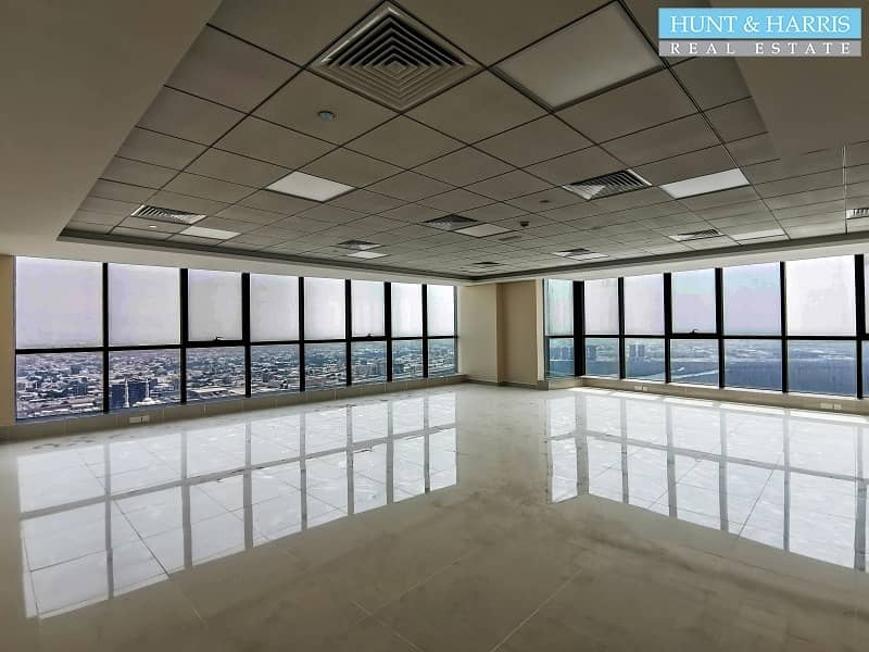 21 Office for Rent - Full Sea View - On a High Floor